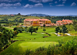 Dolce CampoReal Lisboa: Ab € 990,- in Turcifal, Portugal bei Golftime Tours