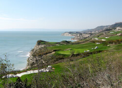 Lighthouse Golf & Spa Resort: ab € 849,00 in Balchik, Bulgarien bei Golftime Tours